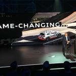 Audi e-tron je razkril predsednik uprave Audija Bram Schot. (foto: Dušan Lukič)
