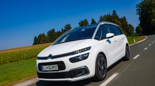 Kratki test: Citroën Grand C4 Space Tourer Shine 2,0 BlueHDi 160 EAT8 (foto: Saša Kapetanovič)