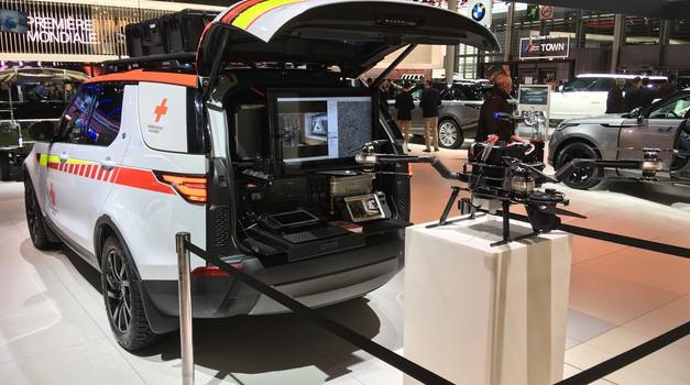 Pariz 2018: Land Rover Discovery za avstrijski Rdeči križ (foto: Dušan Lukič)