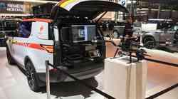 Pariz 2018: Land Rover Discovery za avstrijski Rdeči križ