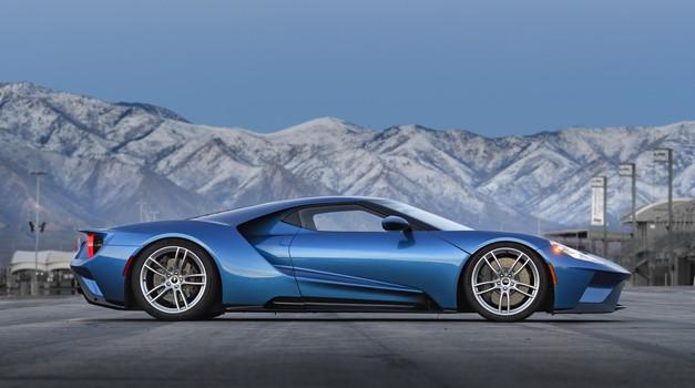 Ford bo podaljšal proizvodnjo superšportnika GT (foto: Ford)