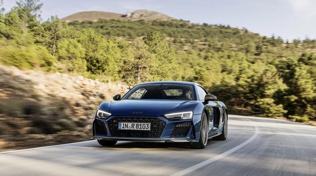 Audi R8 je polepšan in okrepljen (foto: Audi)