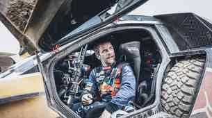 Loeb pojedel zarečeni kruh in vplačal startnino za Dakar