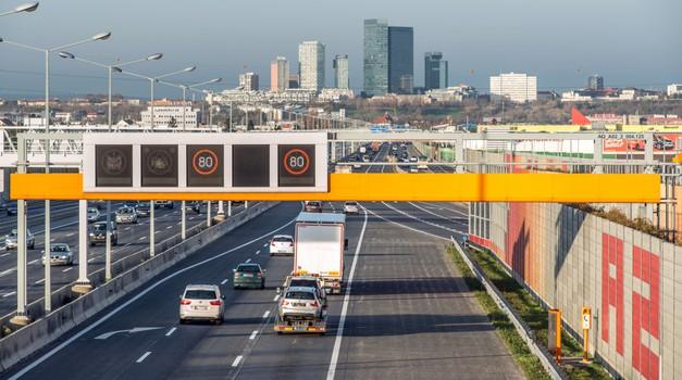 Avstrija ukinja 'eko' omejitev hitrosti za električne avtomobile (foto: Asfinag)