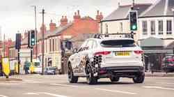 Jaguar in Land Rover skupaj v boj proti prometnim zamaškom
