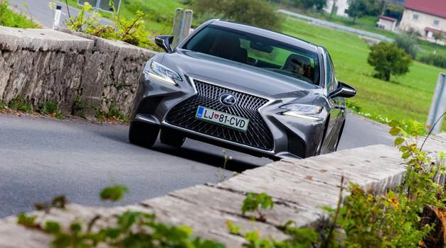 Test: Lexus LS 500h Luxury (foto: Saša Kapetanovič)