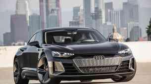 Los Angeles 2018: Audi navdušuje s študijo električnega štirivratnega kupeja Audija e-trona GT