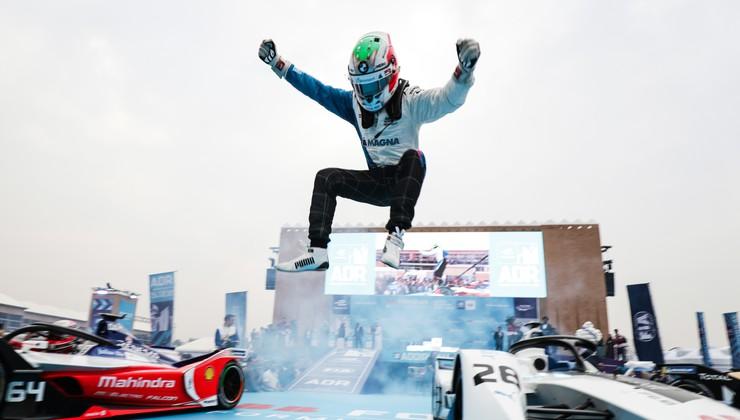 Formula E: Da Costa je osvojil zgodovinsko prvo zmago z dirkalnikom Formule E druge generacije
