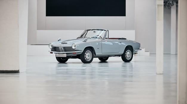 BMW vrnil življenje izgubljenemu prototipu (foto: BMW)