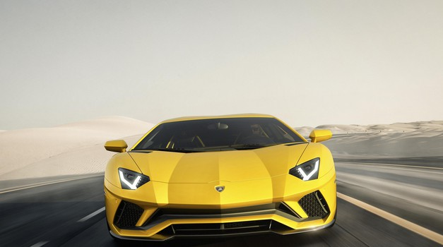 Razkrite nove podrobnosti o Aventadorjevem hibridnem nasledniku (foto: Lamborghini)
