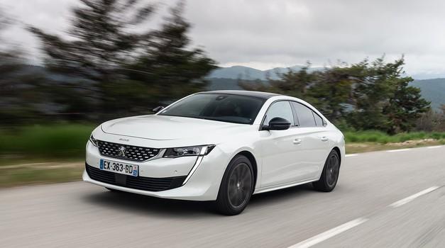 Je to nova napoved športne izvedbe Peugeotove limuzine 508? (foto: Peugeot)