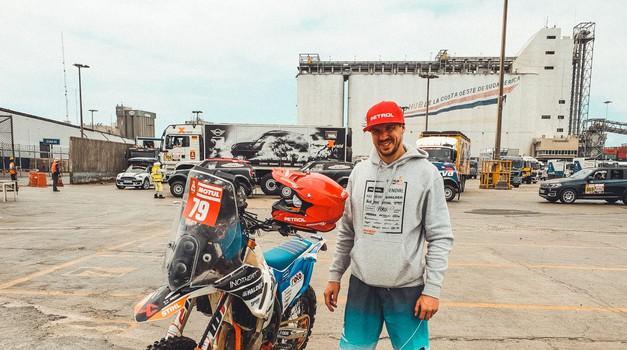 Simon Marčič pripravljen na začetek 41. relija Dakar (foto: Simon Marčič)
