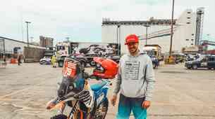 Simon Marčič pripravljen na začetek 41. relija Dakar