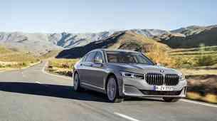 BMW serije 7 še naprej kljubuje globalnim trendom
