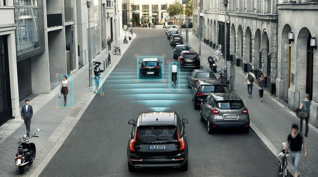EU in Japonska podpirata idejo o obvezni uporabi sistemov za samodejno zaviranje (foto: Volvo)