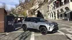 Peti rod Toyote RAV4 je zapeljal na slovenske ceste