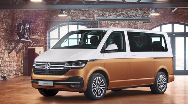 V prenovljenega Volkswagna Transporterja boste po novem lahko 'natočili' tudi elektriko (foto: Volkswagen)