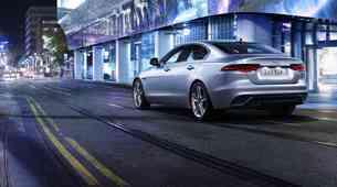 Jaguar XE se v novo sezono pelje precej osvežen