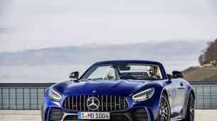 Mercedes tik pred premiero v Ženevi razkril najmočnejšega kabrioleta AMG GT