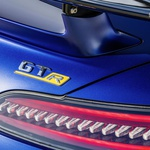 Mercedes tik pred premiero v Ženevi razkril najmočnejšega kabrioleta AMG GT (foto: Daimler AG)