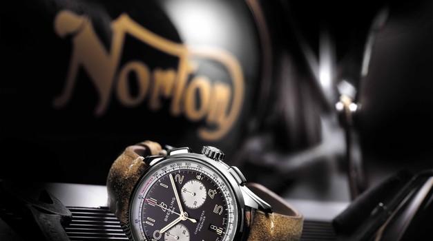 Norton in Breitling predstavljata prve sadove sodelovanja (foto: Breitling)