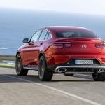 Mercedes-Benz GLC Coupe osvežen vstopa v letošnjo pomlad (foto: Daimler AG)