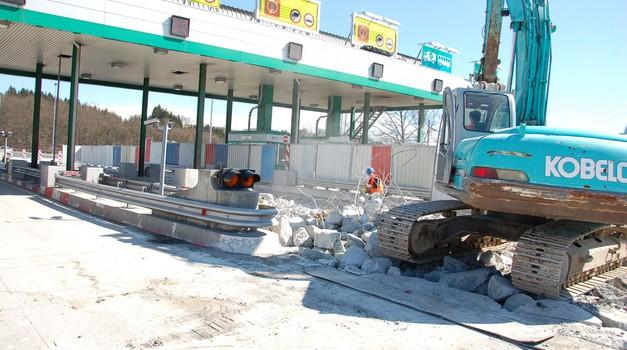 Prihodnji teden začetek rušenja preostanka cestninskih postaj (foto: Arhiv AM)