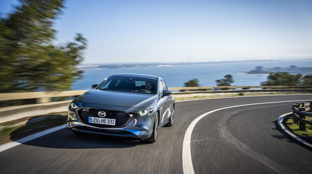 Mazda3 MPS se vrača po generacijskem počitku (foto: Mazda)