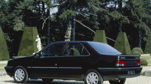 Peugeot 405 se po več kot dveh desetletjih in pol vrača v proizvodnjo (foto: Peugeot)
