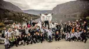 Beli angeli pomagajo pozabljenim