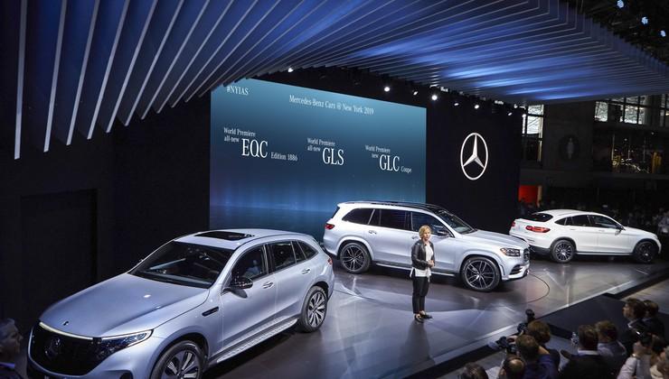 Daimler bo zategnil pasove, v igri so milijarde