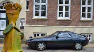 Bo Porsche obudil model 928?