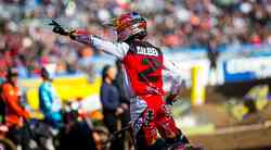 Monster Energy Supercross: lahko kdo ustavi Webba? (video)