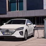 Prenovljeni Hyundai Ioniq Electric postaja dolgoprogaš (foto: Hyundai)
