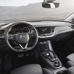Opel Grandland X dobiva električno pomoč (foto: Opel)