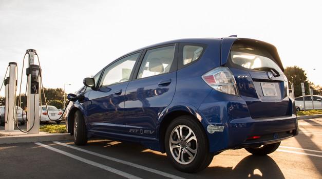 Honda se loteva vprašanja ponovne uporabe baterij električnih avtomobilov (foto: Honda)