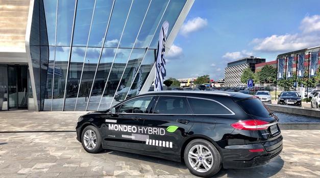 Novo v Sloveniji: Ford Mondeo Hybrid (foto: Sebastjan Plevnjak)