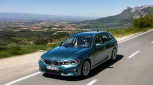 BMW serije 3 Touring pridobiva milimetre, litre in moč, a izgublja kilograme