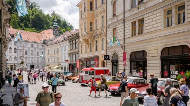 Stoletnica Citroëna z avtomobili v Ljubljani (foto: Žiga Intihar)