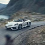 Porsche se vrača v preteklost: GT4 in Spyder po novem z atmosferskim motorjem in ročnim menjalnikom (foto: Porsche)