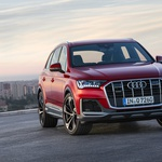 Večji Audi Q7 se bo od septembra dalje pogovarjal s semaforji (foto: Audi)
