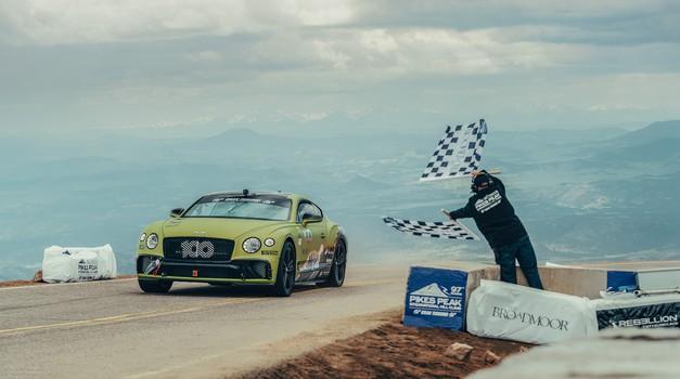 Bentley že drugo leto zapored rekordno na Pikes Peaku (foto: Bentley)