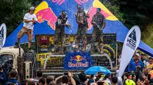 Red Bull Romaniacs: zlati prestol zasedel Manuel Lettenbichler, železnega Anna Schmölzl