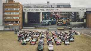 60 leti Mini in 10 milijonov primerkov vozila, ki je preoblikoval avtomobilski svet