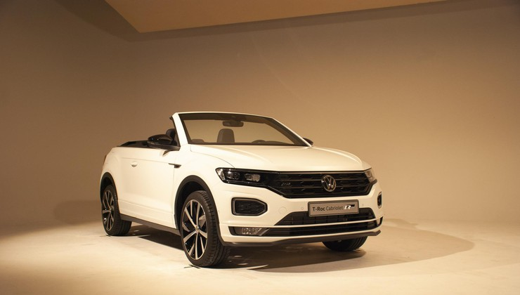 Volkswagen širi družino T-Roc: kompaktnemu terencu se je pridružil še dvovratni kabriolet