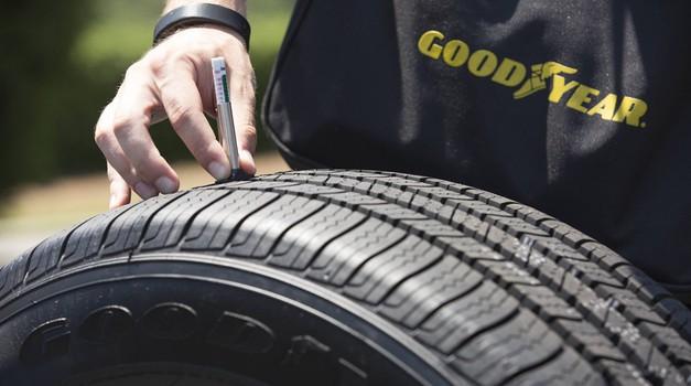 Kdaj menjati avtomobilske pnevmatike? 1,6 milimetra profila je premalo! (foto: Goodyear)