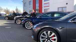 Nove težave podjetja Tesla: Nextmove ne bo zaključil od milijonskega posla
