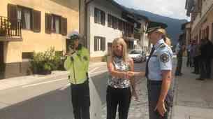 'Papirnati' policisti se vračajo na ceste