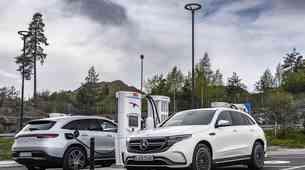 Mercedes-Benz EQC - Devet mesecev