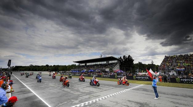 Moto GP: Znan koledar dirk v sezoni 2020 (foto: Dorna)